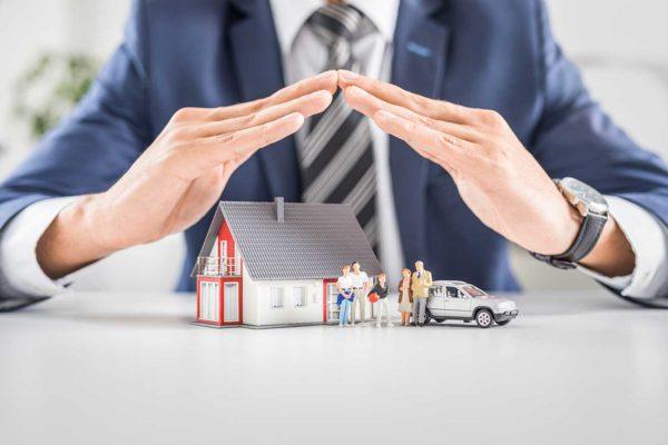 Haus-Versicherung-fuer-Eigentuemer