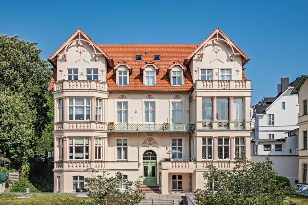 Majestätisch und zentral im Seebad Bansin- Villa Frisia mit 'nem  klein bisschen Seeblick, 17429 Heringsdorf / Bansin, Etagenwohnung
